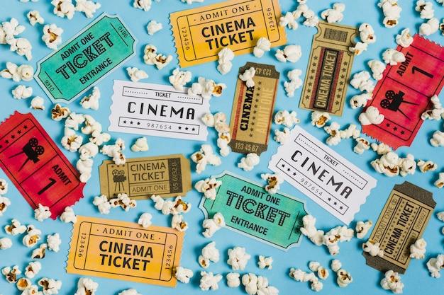 Collection De Billets De Cinéma Vue De Dessus Photo gratuit