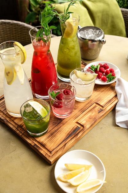 Collection de boissons gazeuses d'été Photo Premium