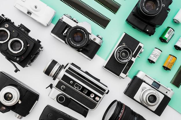 Collection de caméras photo et vidéo près du film Photo gratuit