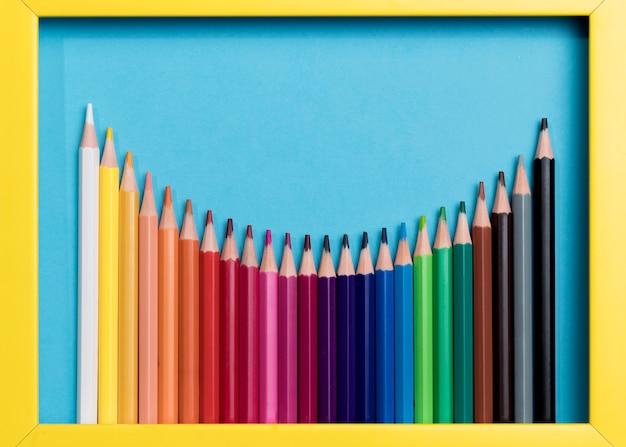 Collection De Crayons Colorés Photo gratuit