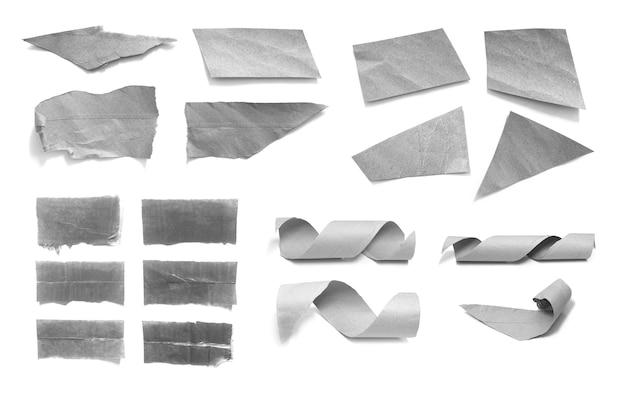 Collection de morceaux de papier déchirés sur fond blanc Photo Premium
