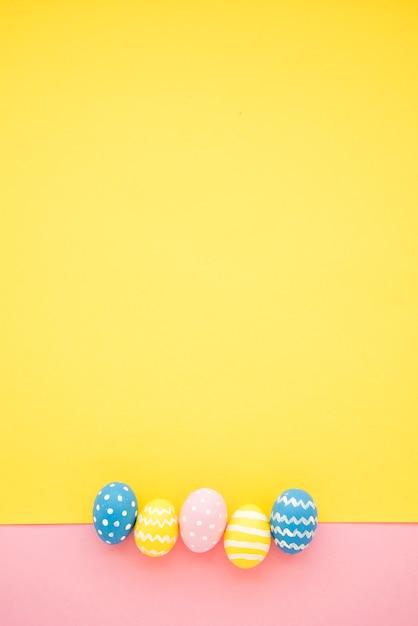 Collection d'oeufs de pâques Photo gratuit