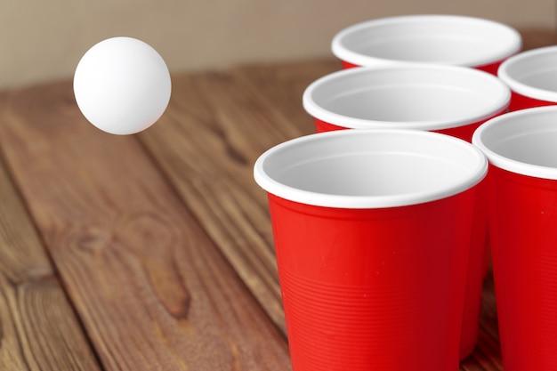 College Party Sport - Beer Pong Photo Premium