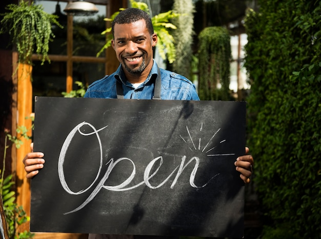 Commerce de détail magasin vente commerce ouvert Photo gratuit