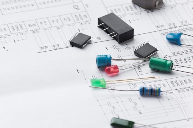 Composants électroniques En Gros Plan Photo gratuit