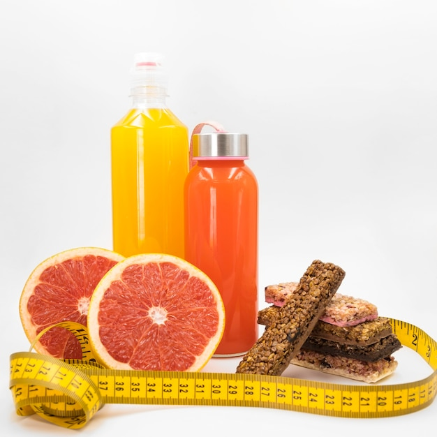 Composition colorée avec des aliments sains Photo gratuit