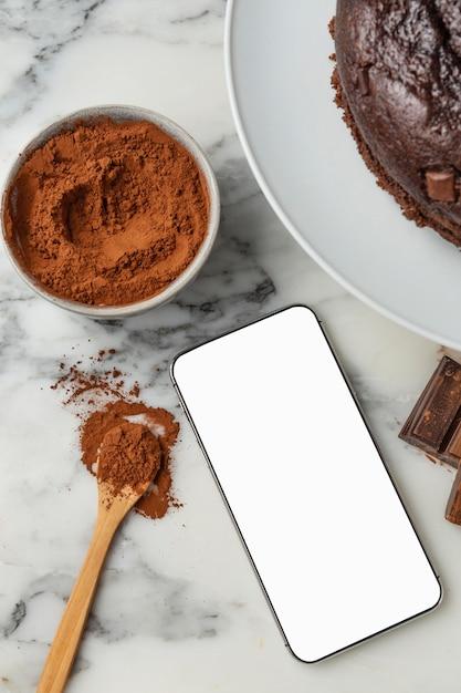 Composition De Délicieux Gâteau Au Chocolat Photo gratuit