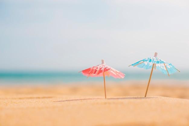 Composition d'été à la plage Photo gratuit