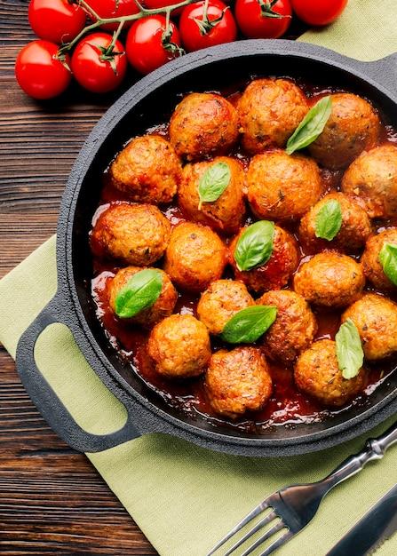 Composition laïque de plats italiens Photo gratuit