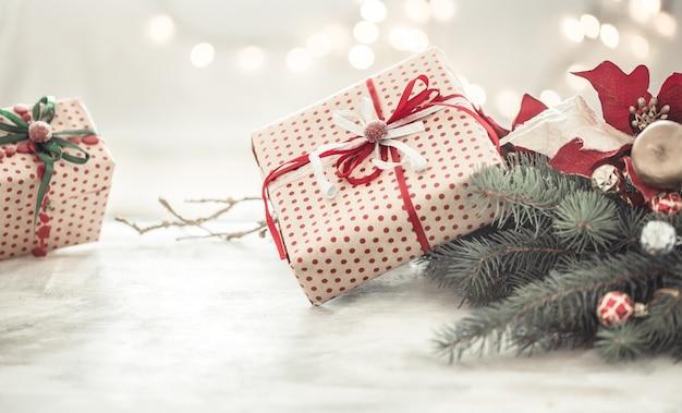 Composition De Noël Avec Coffrets Cadeaux Photo gratuit