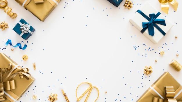Composition à Plat De Cadeaux Emballés Avec Espace Copie Photo gratuit