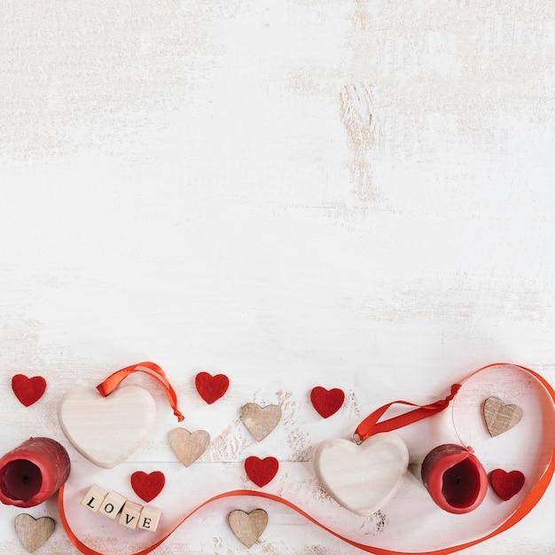 Composition De La Saint-valentin Avec Espace Copie Sur Le Dessus Photo gratuit