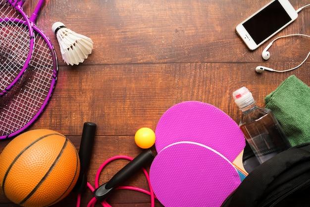 Composition de sport avec des éléments modernes Photo gratuit