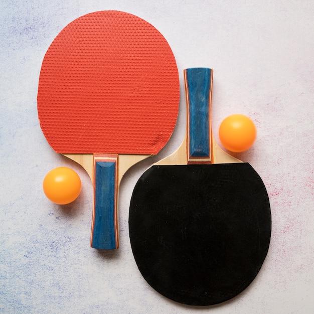 Composition de sport moderne avec des éléments de ping-pong Photo gratuit