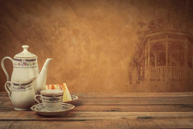 Composition de thé, service à thé, style vintage Photo Premium