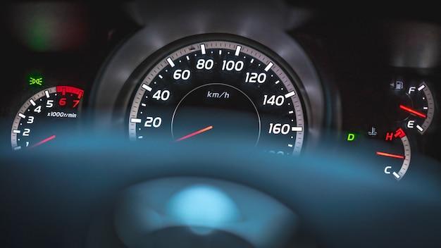 Compteur de vitesse d'affichage de tableau de bord de compteur kilométrique Photo Premium