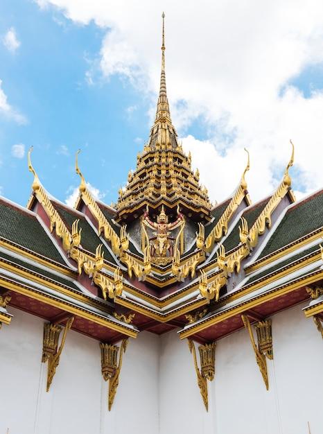 Concept d'architecture bouddhiste de style thaïlandais Photo gratuit