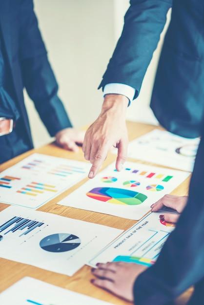 Concept de business people réunion design ideas. planning d'affaires Photo Premium