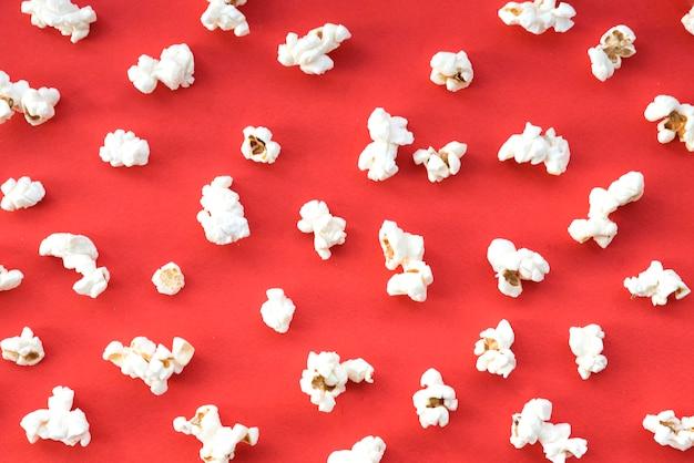 Concept de cinéma avec pop-corn Photo gratuit