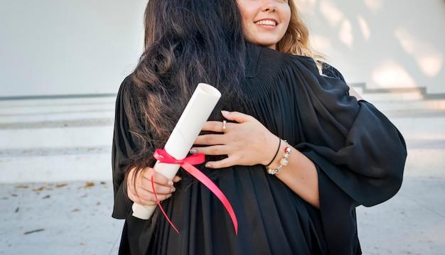 Concept de collège de certificat de réussite de remise des diplômes Photo Premium