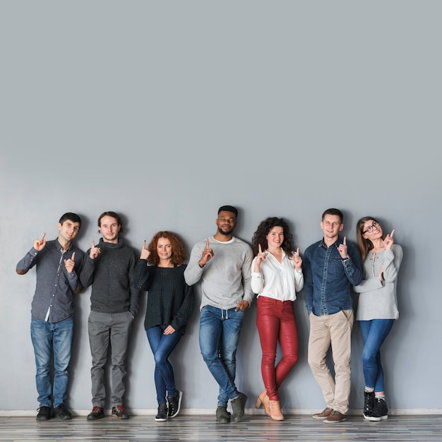 Concept communautaire avec groupe de personnes Photo gratuit