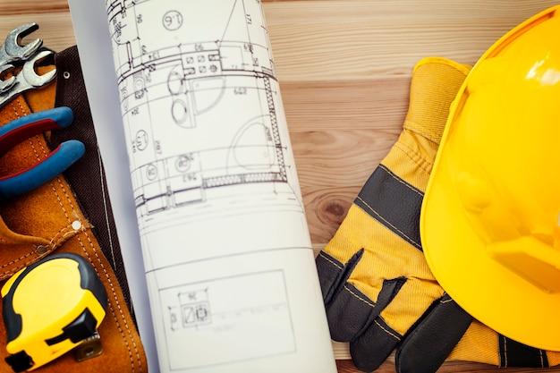 Concept De Construction Avec Des Outils De Travail Photo gratuit