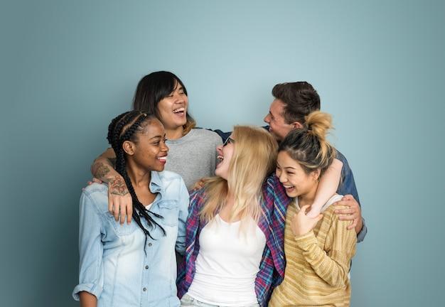 Concept de diversité d'amitié hipster ami adolescents Photo Premium