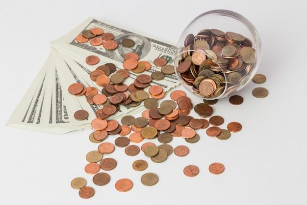 Concept d'économie d'argent, croissance de l'entreprise Photo Premium