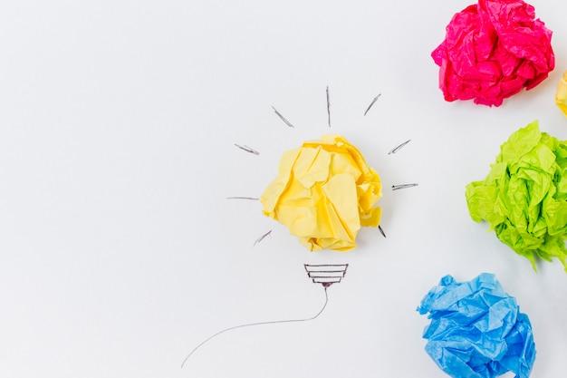 Concept de l'idée de boules de papel vue de dessus Photo gratuit
