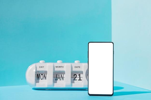Concept De Lundi Bleu Avec Espace Copie Photo gratuit