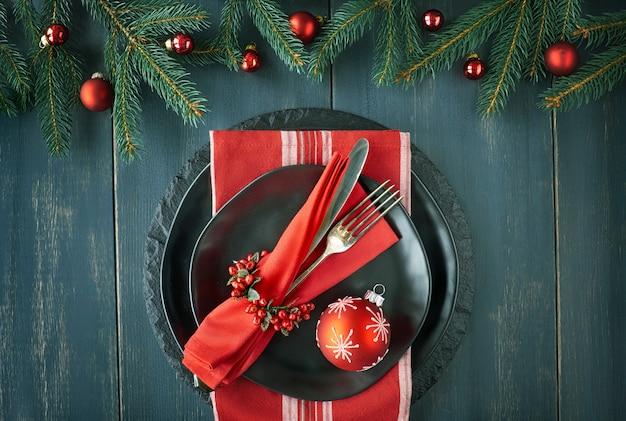 Concept De Menu De Noël Sur Fond Sombre Photo Premium