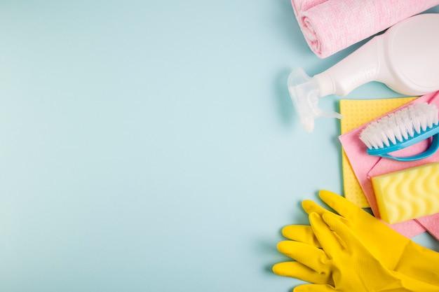 Concept de nettoyage composition à plat Photo gratuit