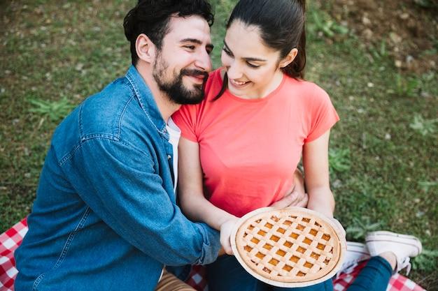 Concept De Pique-nique Avec Couple Photo gratuit