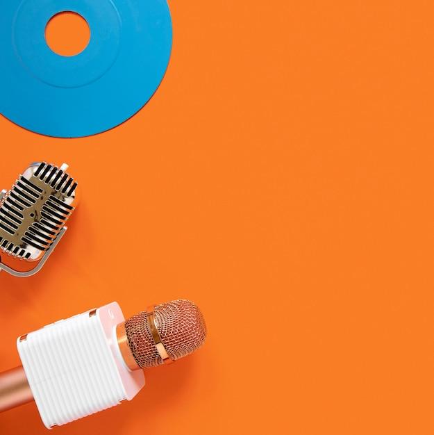Concept Radio Avec Vieux Disque Photo gratuit