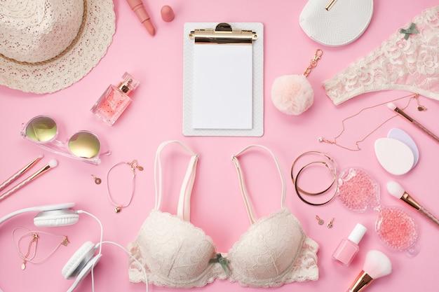 Concept rituel de filles le matin. style d'été Photo Premium