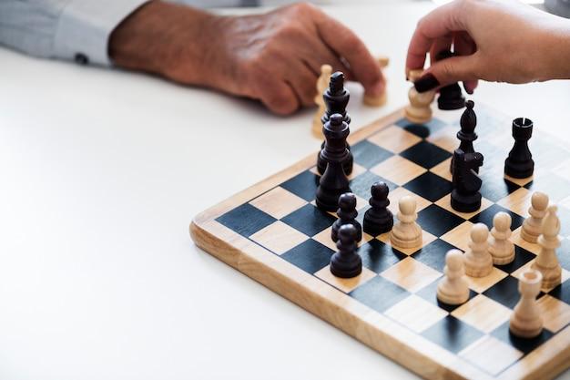 Concept de stratégie d'entreprise de jeu d'échecs Photo gratuit