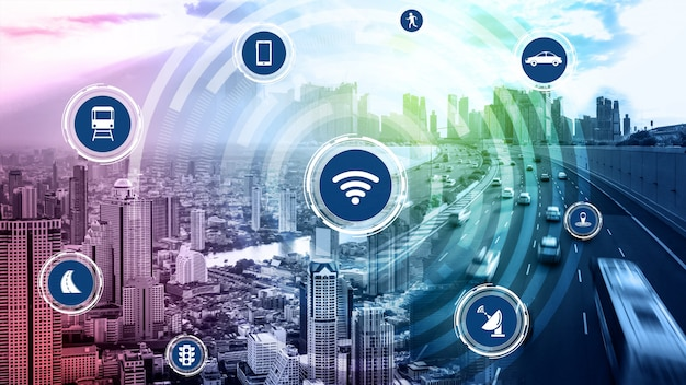 Concept De Technologie De Transport Intelligent Pour Le Trafic Automobile Futur Sur Route Photo Premium