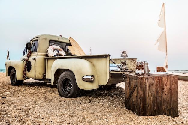 Concept de voiture classique old style outdoors Photo gratuit