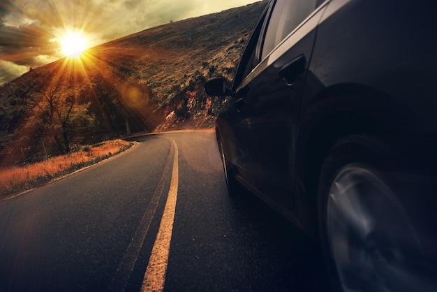Conduite d'autoroute d'été Photo gratuit