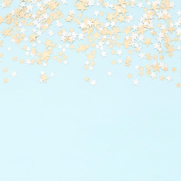 Confetii De Papier Coloré Photo gratuit