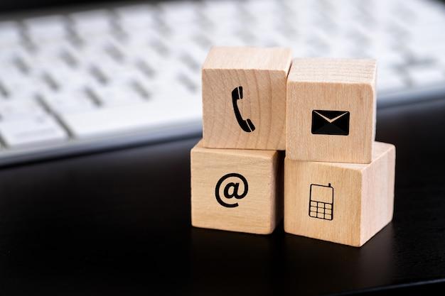 Contactez-nous (personnes du service d'assistance clientèle connect) appelez l'assistance clientèle Photo Premium