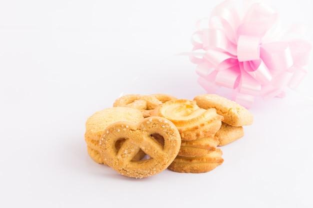 Cookie sur fond blanc Photo Premium