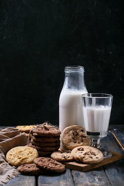 Cookies Au Chocolat Faits Maison Photo Premium