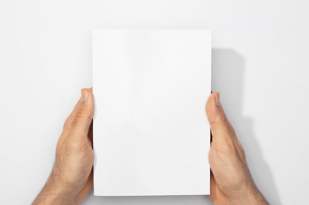 Copiez Le Livre De L'espace Avec Des Ombres Photo gratuit