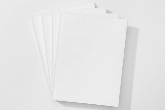 Copiez Les Pages De L'espace De La Vue De Dessus Du Livre Photo Premium