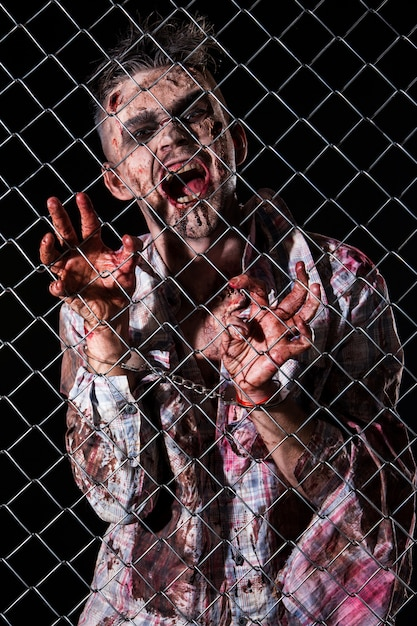 Costume De Zombie Effrayant Cosplay Photo gratuit