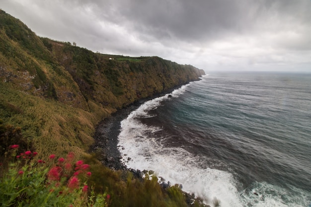Côte nordeste aux açores Photo Premium