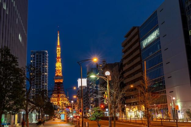 Coucher de soleil à la tour de tokyo Photo Premium