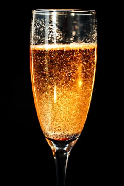 Une Coupe De Champagne. Photo Premium