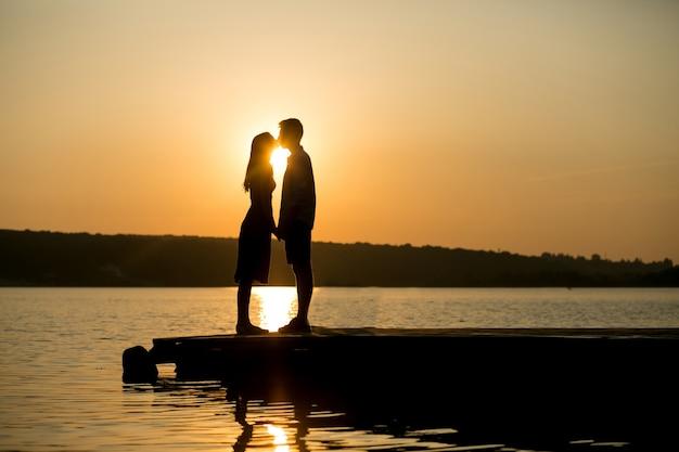 Couple Amoureux Photo gratuit